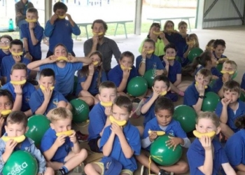 Costa celebrates national banana day at Walkamin Primary School, Far North Queensland